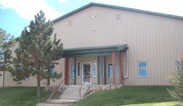 Aspen Ridge Equine Hospital Exterior